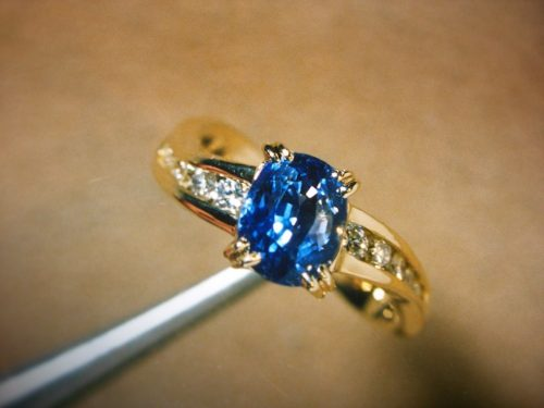 getting-to-know-sapphire-rings-and-how-suffolk-jewelers-succeed-in-the-business-4
